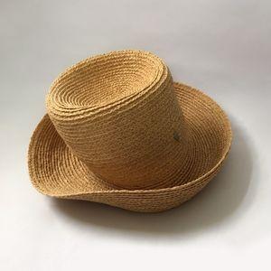 Helen Kaminski hat- natural raffia
